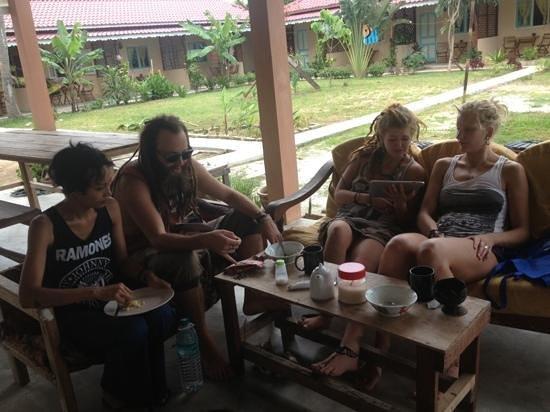Soluna Guest House: Breakfast at Soluna