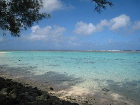 Aroa Kainga: Nearby beach/snorkeling