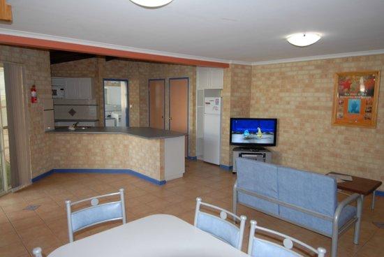Yot Spot Apartments: Unit 3