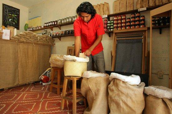 The Oaxacan Coffee Company: coffee in bags