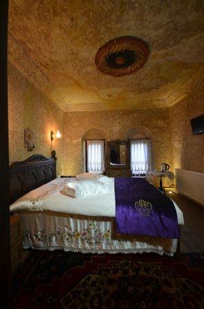 Cappadocia Abras Cave Hotel: cave room