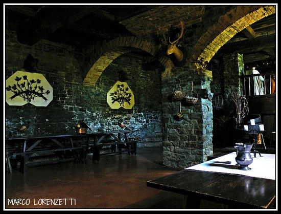GROPPARELLO (PC) - LE ANTICHE CUCINE DEL CASTELLO - Picture of ...