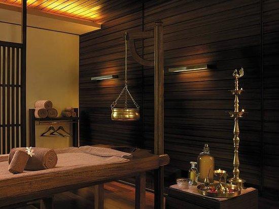 Shangri-La's Eros Hotel: The Spa at Shangri-La