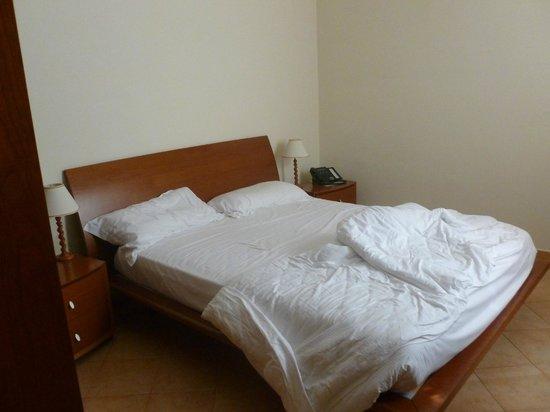 Crosti Hotel: chambre