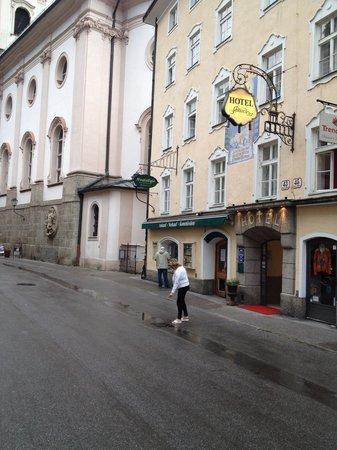 Hotel Amadeus: Direkt am Hotel