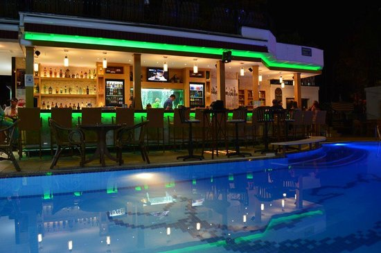 Hotel Istankoy Bodrum: bar area