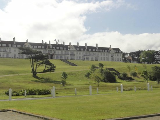 Trump Turnberry, A Luxury Collection Resort, Scotland: The hotel from the Clubhouse