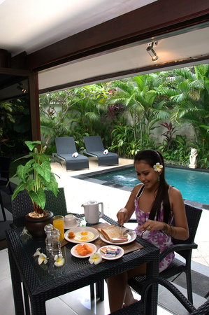Villa Drupadi: Breakfast at Villa