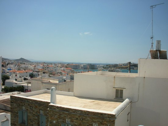 Onar Hotel and Suites : room view
