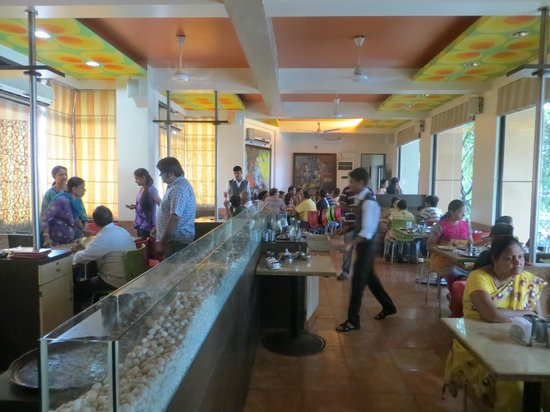 Soul Curry : Another view of the interior of first floor hall
