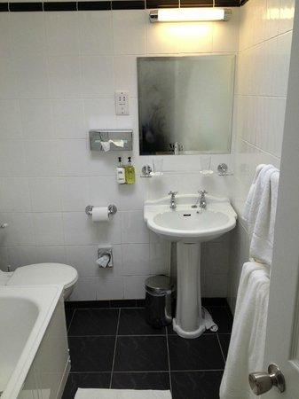 Hotel Penzance : Luxury bath robes