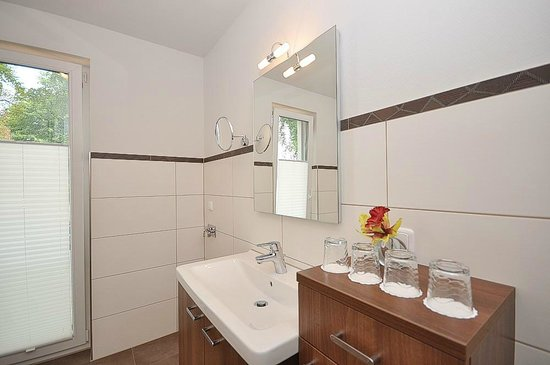 Apartmenthaus Kleiner Falke: Badausschnitt