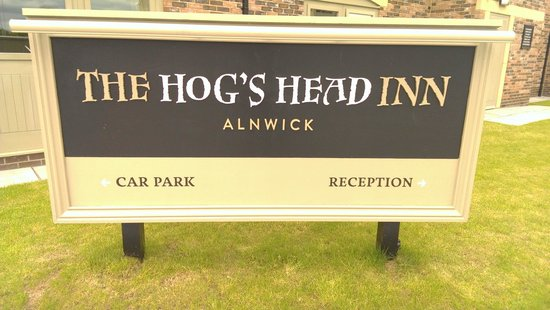 The Hog's Head Inn : Welcome sign