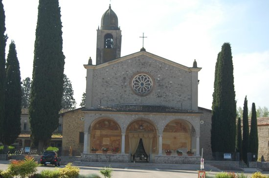 Peschiera del Garda, Italy: l'église