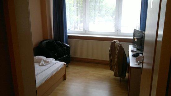 City-Pension Sanader: Single room