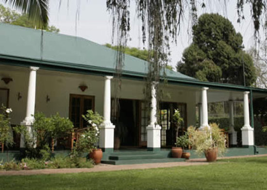 York Lodge: Main verandah