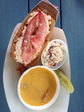 Quoddy Bay Lobster : How can your mouth not water?