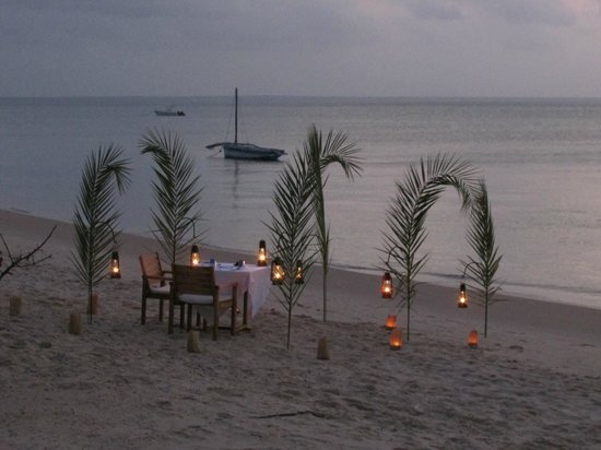Azura Benguerra Island: Dinner on the beach outside our room