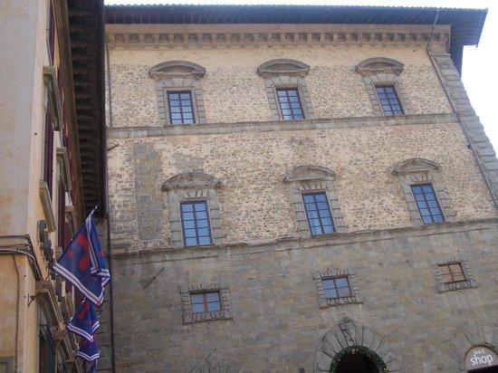 MAEC - Museo dell'Accademia Etrusca : accademia etrusca - sede palazzo casali