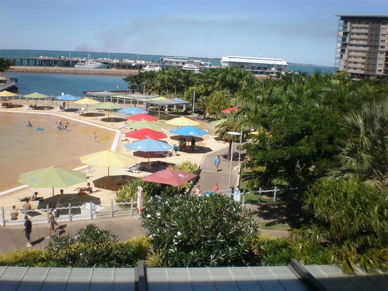 Adina Apartment Hotel Darwin Waterfront : Great view and close to everything!
