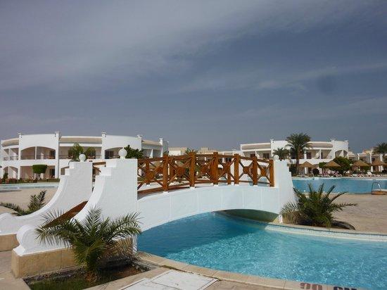 lagoon picture of grand seas resort hostmark hurghada. Black Bedroom Furniture Sets. Home Design Ideas