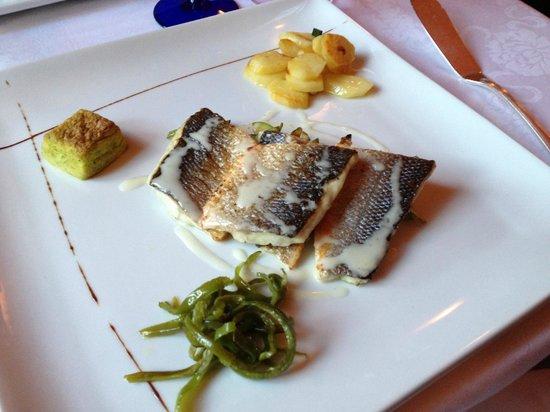 San Giorgio: Sea Bass wtih potatos etc.