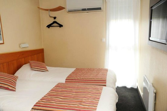 Comfort Hotel Kiotel Lyon Eurexpo : Chambre Comfort Hotel Kiotel