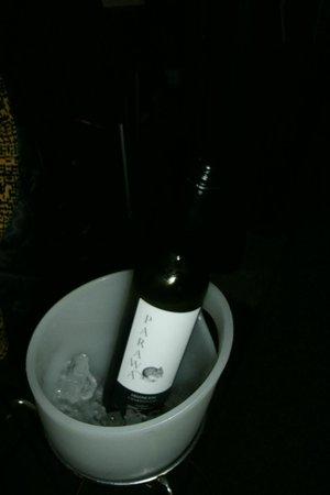 Sage Cafe Restaurant: Free bottle of white wine
