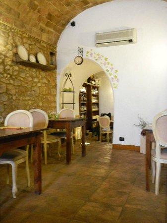 Taverna Via di Mezzo: Vista cucina
