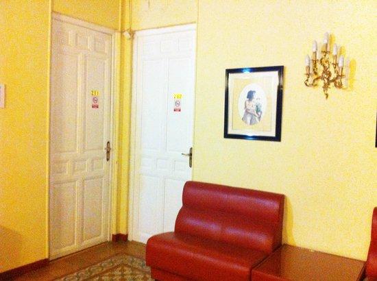 Hotel Albacete: hall 1ª planta