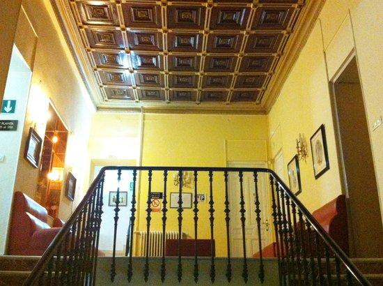 Hotel Albacete: Escalinata original del S.XIX