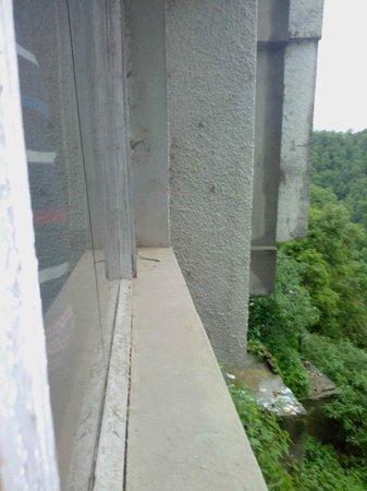Hotel Shiva Continental : Dumping 5