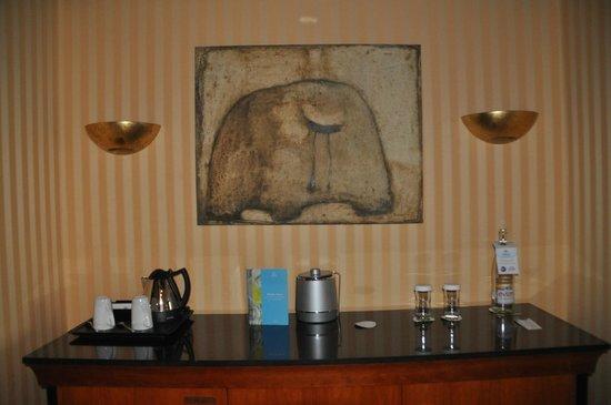 Hilton Strasbourg: Entrée de la chambre