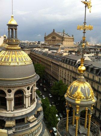 Printemps: A Paris boulevard from the terrace