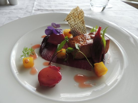 St Kyrans Country House & Restaurant: Tea smoked salmon with juniper & citrus fruits, roast beetroot puree,