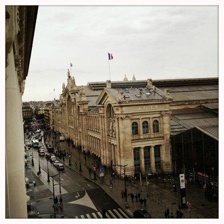 Ibis Styles Hôtel Paris Gare du Nord TGV : proximity to the Gare du Nord