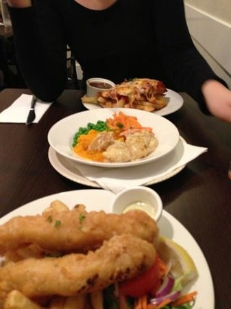 Shamrock Hotel: fish and chips and vegetable plate & schnitzel