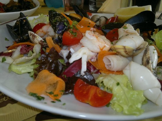 Bagno venezia lido di camaiore restaurant reviews phone number photos tripadvisor - Bagno venezia lido di camaiore ...