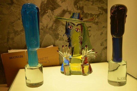Linea Murano Art Srl: Modigliani in Glass