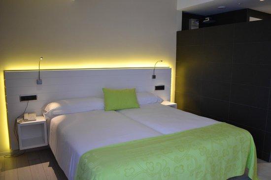 Hotel Spa La Terrassa: le lit (chambre confort)