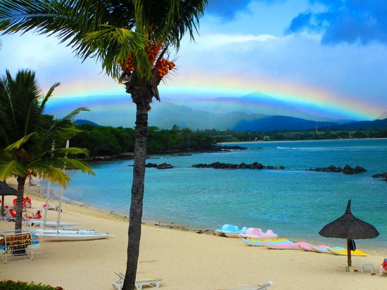 Sands Suites Resort & Spa: What a sight - our last day brought rain...and an amazing rainbow!