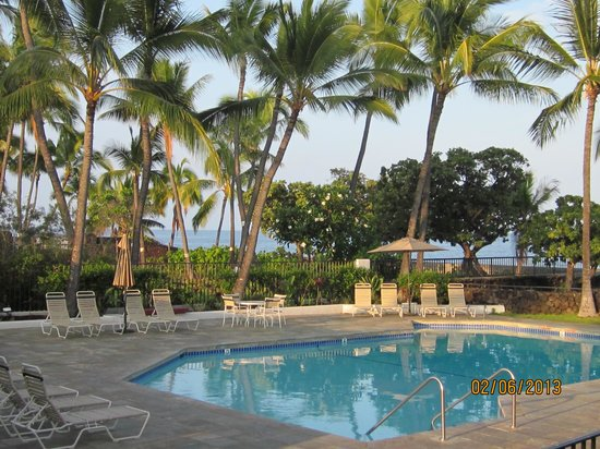 Outrigger Royal Sea Cliff: Pool