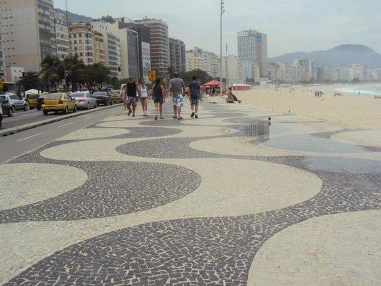 Vidigal Hostel Bar: Calçadão de Copacabana