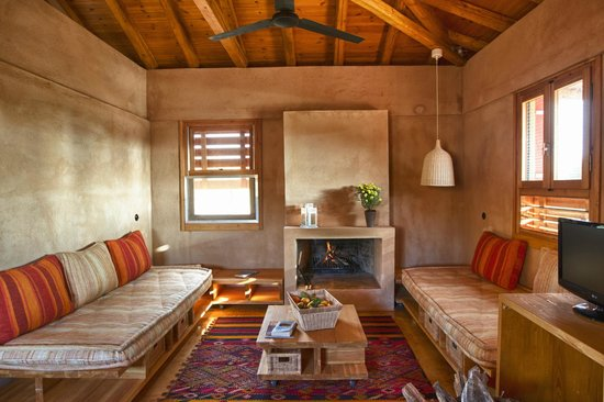 Eumelia Organic Agrotourism Farm & Guesthouse: Inside one of the eco houses