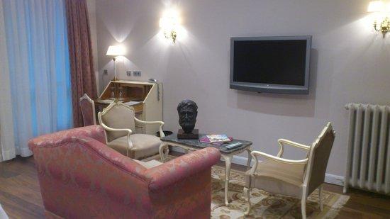 Gran Hotel La Perla: Habitacion 201