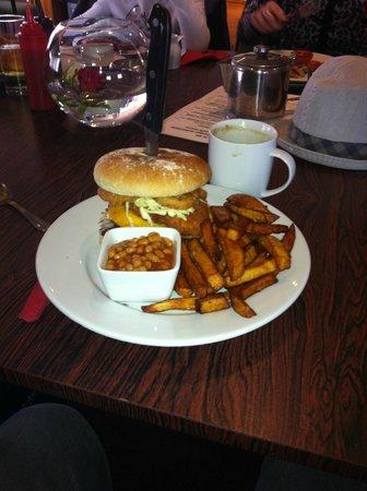 The fairways restaurant: Burger from Fairways