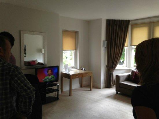 SACO Cardiff - Cathedral Road : SACO Cardiff Lounge