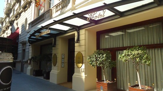 Hotel Roger De Lluria Barcelona: entrance