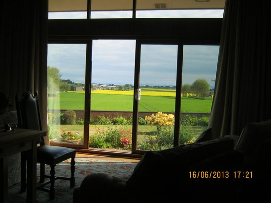 Willowbank House B&B: The staggeringly beautiful view from the guest lounge ...
