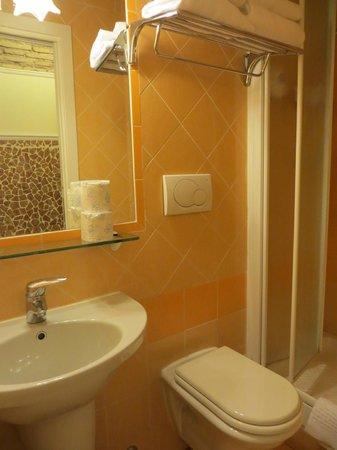 Matisse B&B : Ванная комната